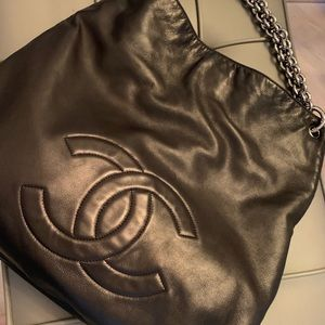CHANEL Hobo Leather Purse